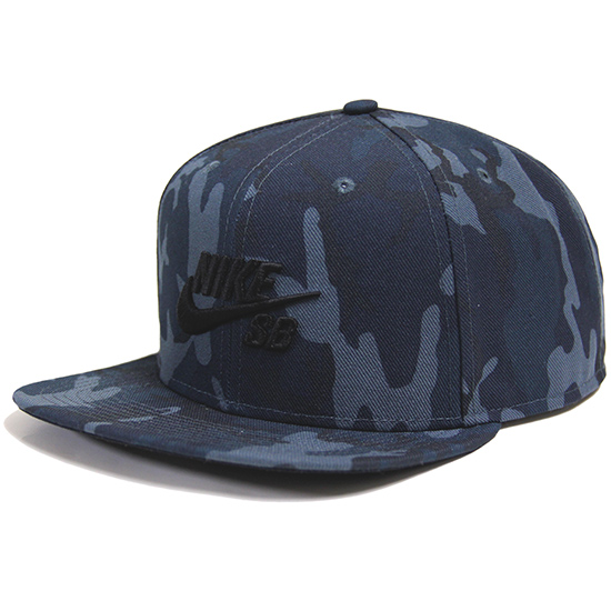 29e64507bade3 Nike SB Perforate Camo Trucker Snapback Cap ¥4860- · Nike SB Icon Snapback  Cap ¥5400- · Nike SB Seasonal Bucket Hat ...